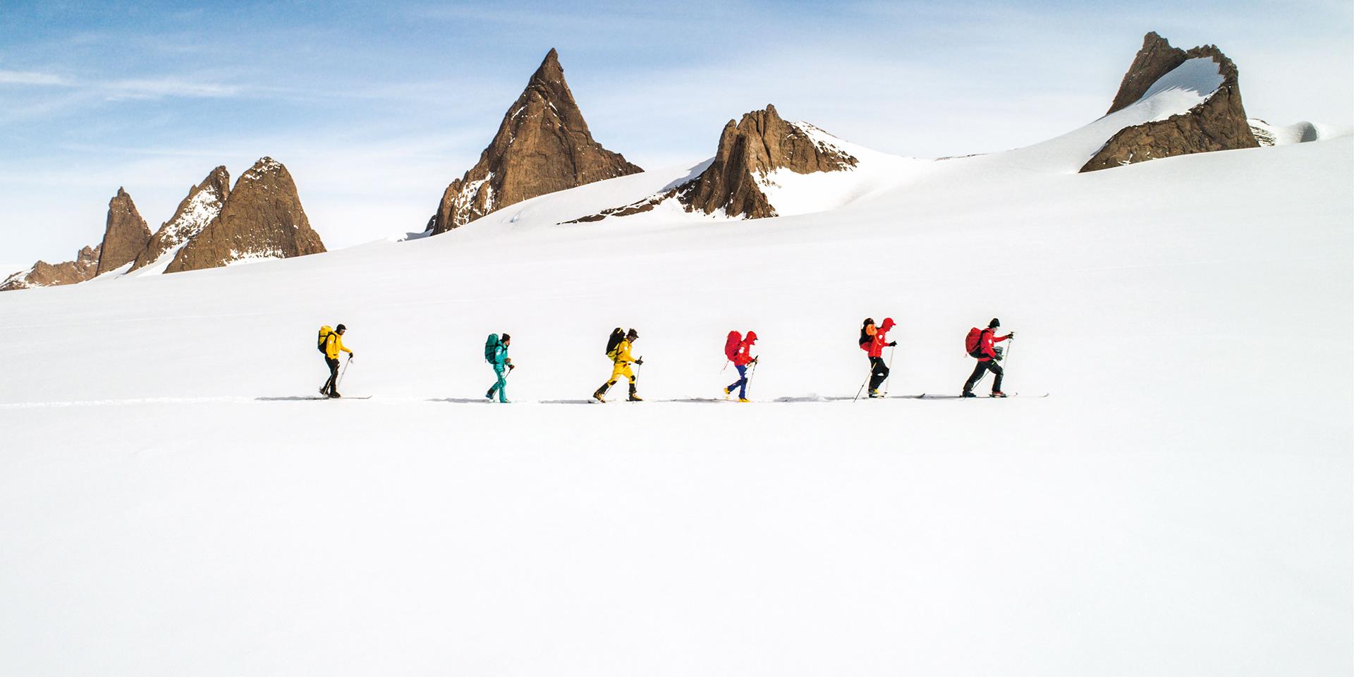 滑雪服装品牌画册设计